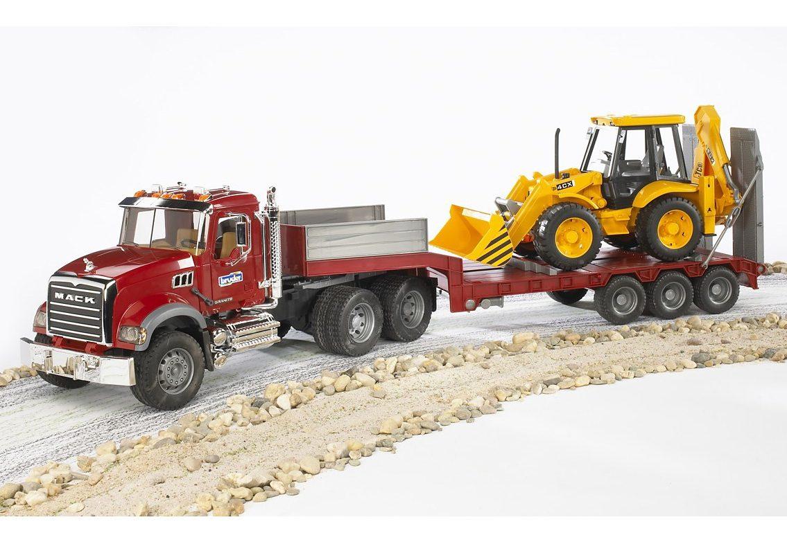 bruder® LKW mit Tieflader 02813, »Mack Granite + Baggerlader JCB 4CX«