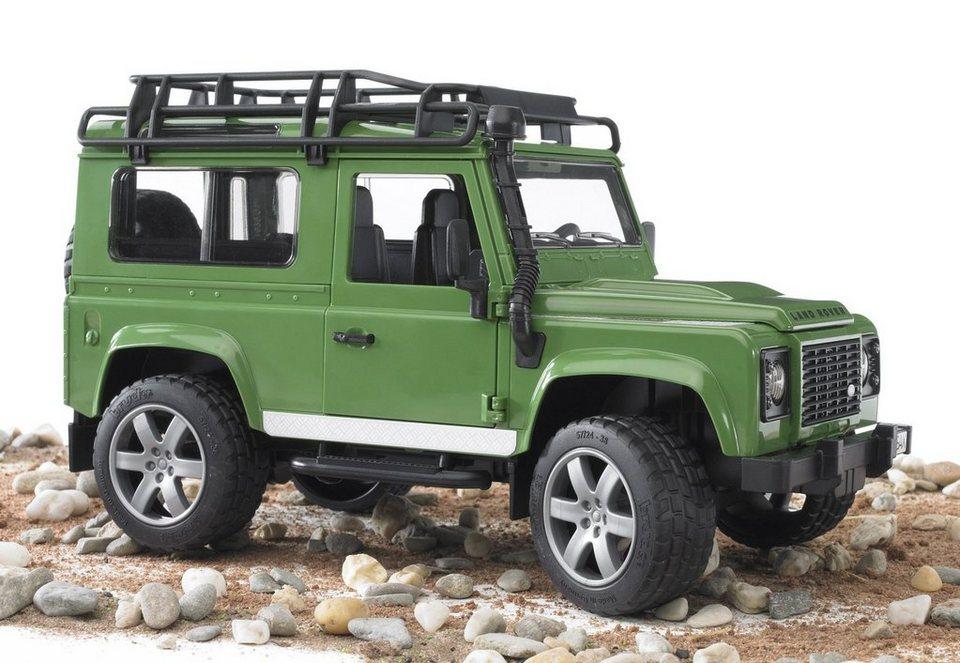 bruder gel ndewagen land rover defender station wagon. Black Bedroom Furniture Sets. Home Design Ideas