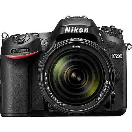 Nikon D7200 KIT Spiegelreflex Kamera, NIKKOR AF-S 18-140 mm 1:3,5-5,6 G ED VR Zoom, 24,2 Megapixel