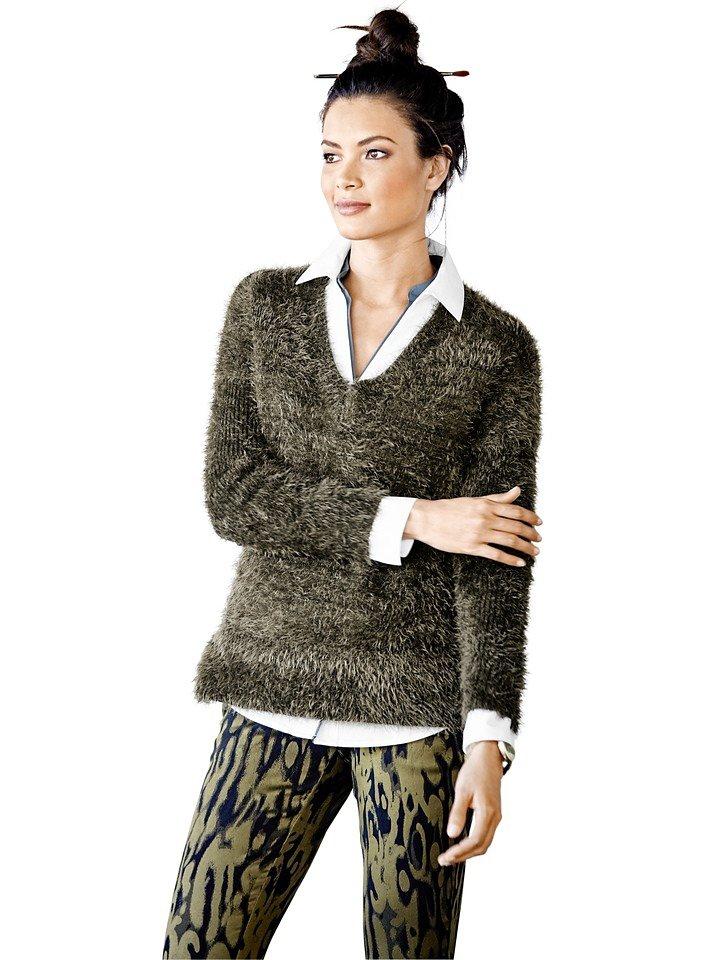 V-Pullover in khaki