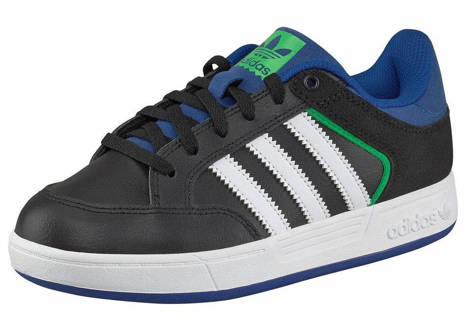 adidas Originals Varial J Sneaker in Schwarz-Weiß