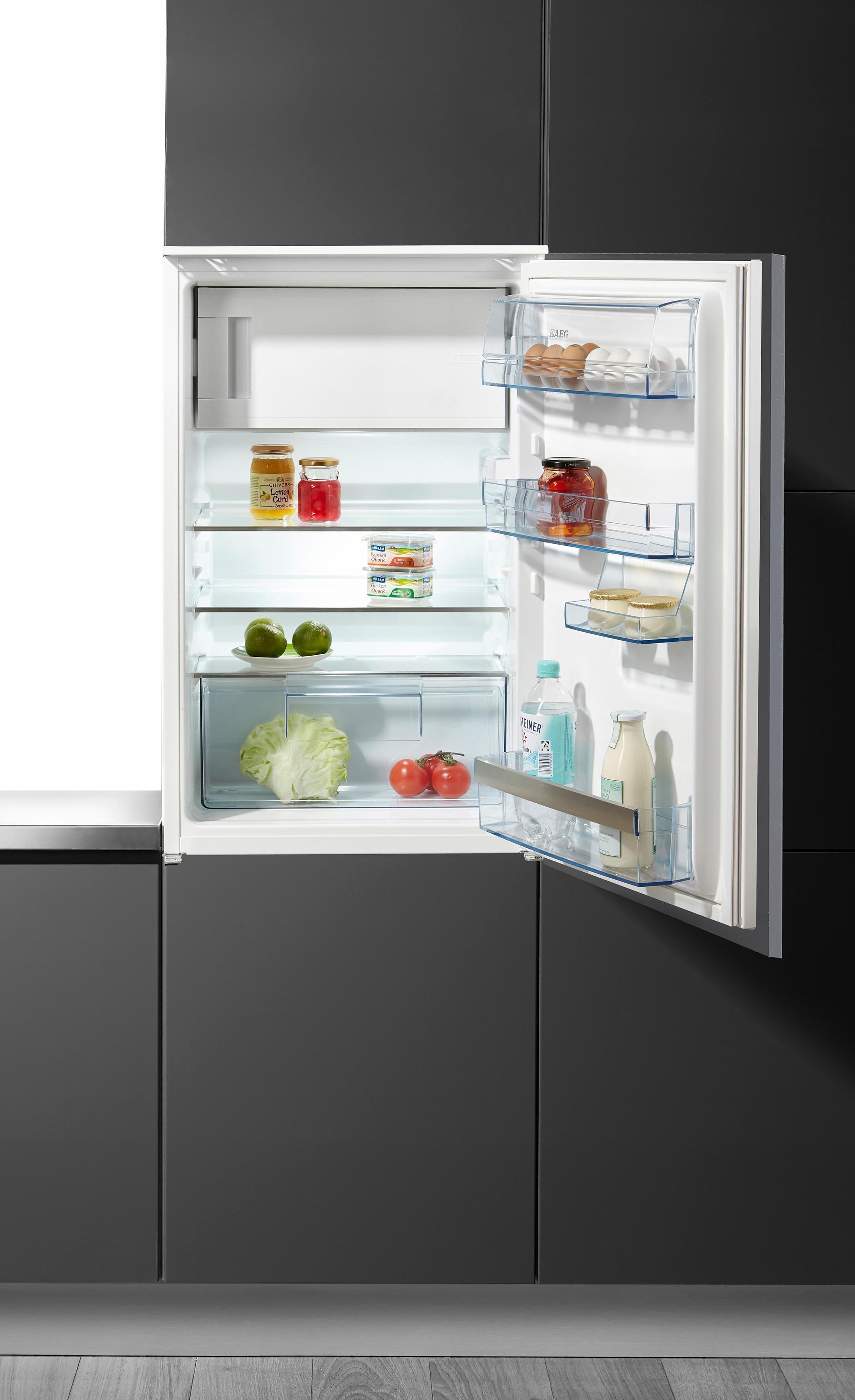 AEG Vollintegrierbarer Einbaukühlschrank S6.0S4 / SANTO, A++, 87,3 cm