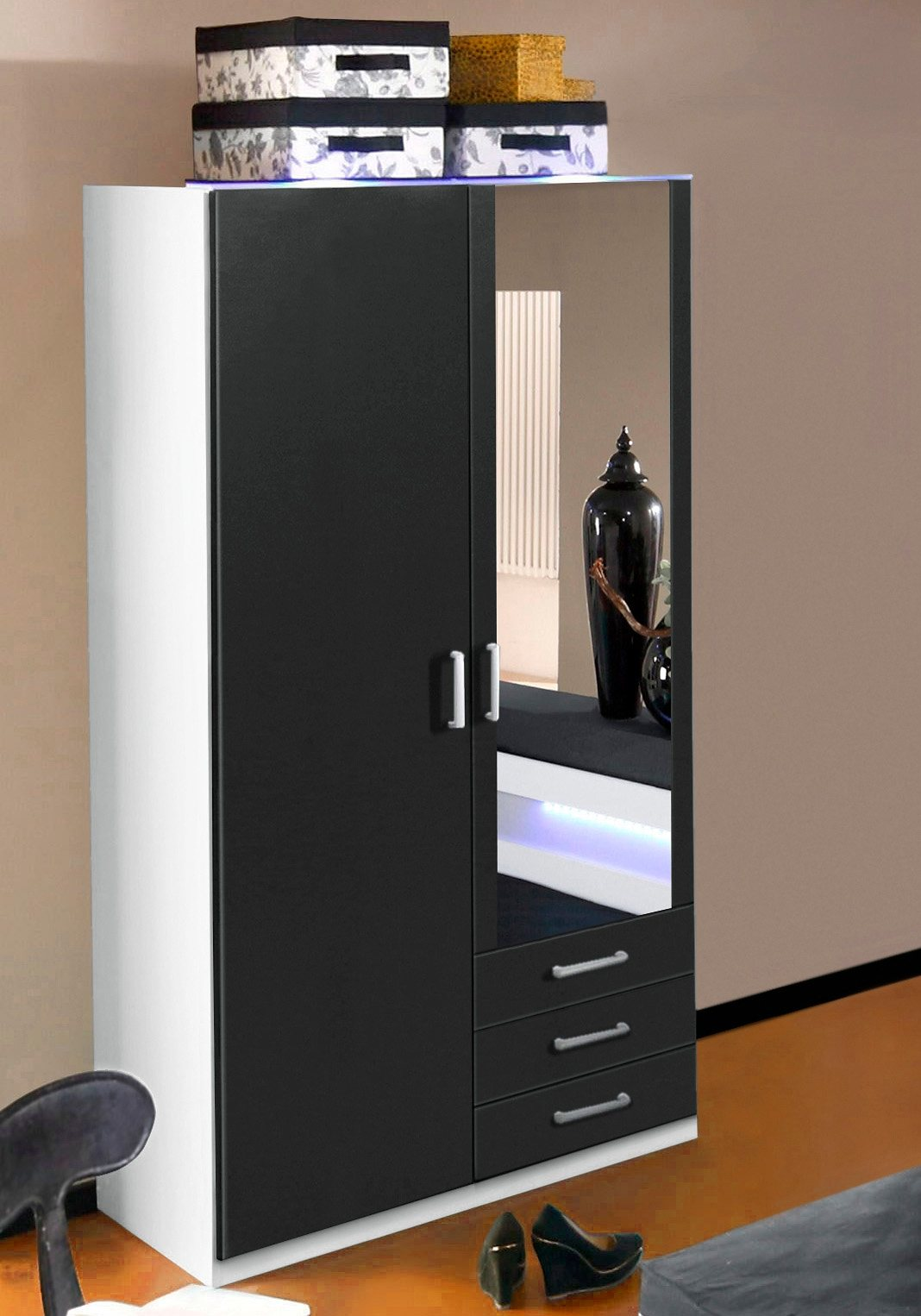 Kleiderschrank | Schlafzimmer > Kleiderschränke > Drehtürenschränke | Weiß - Schwarz