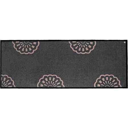 Hier finden Sie Fußmatten in verschiedenen Größen und Farben für einen sauberen und trockenen Eingangsbereich von Barbara Becker!
