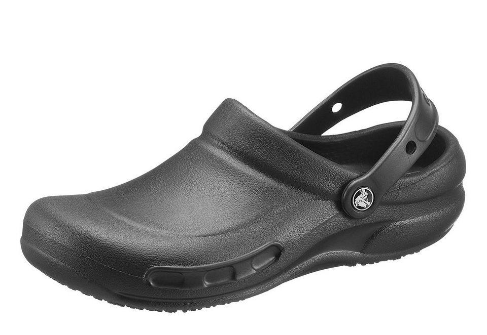 Crocs Clog mit geschlossenem Fußbereich in schwarz