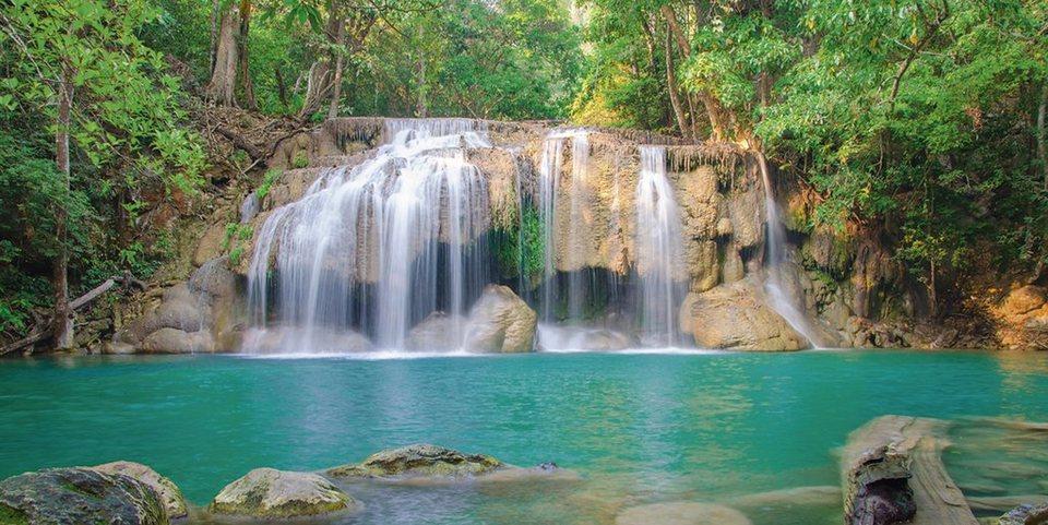 Home affaire Leinwandbild »weerayut ranmai: Wasserfall im Erawan Waterfall N. P.«, 100/50 cm in Grün