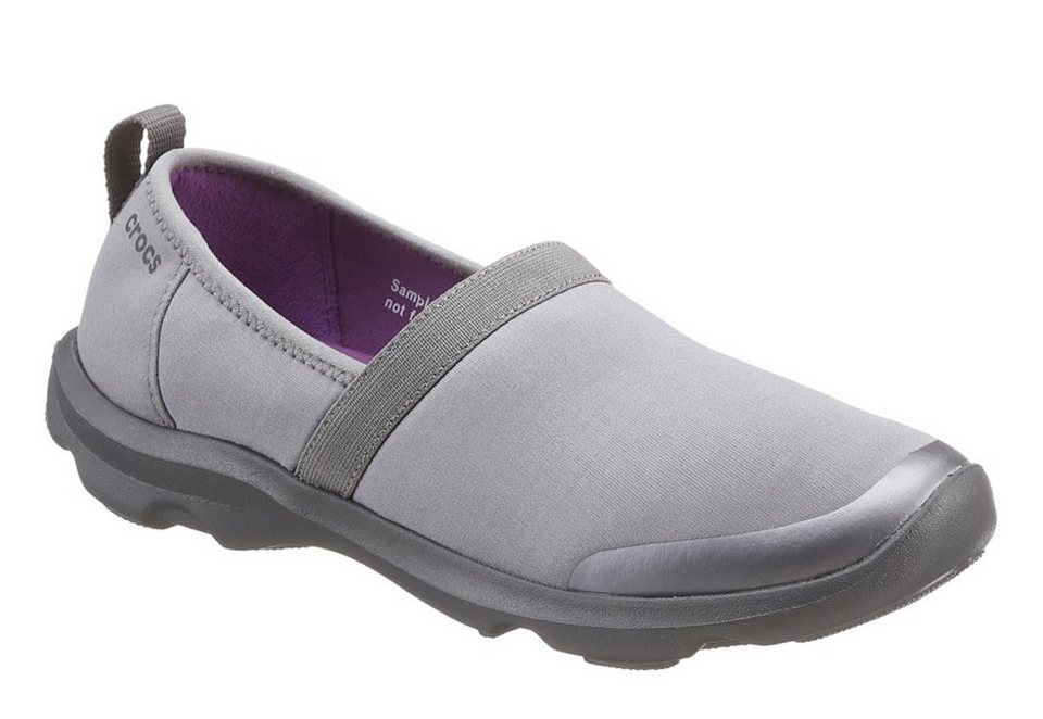 Crocs Slipper in grau