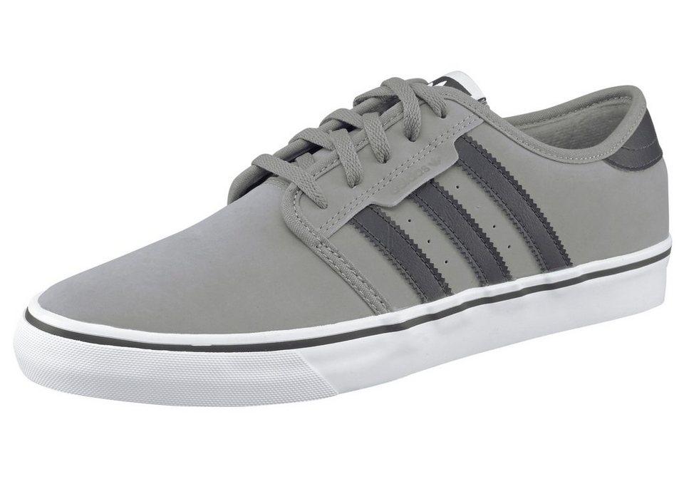 adidas Originals Seeley Sneaker in Grau-Schwarz
