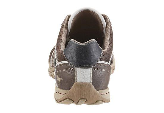 Mustang Shoes Schnürschuh, mit Perforierung