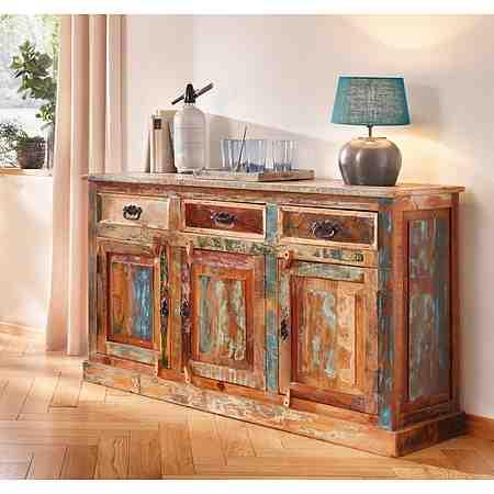 Themen: Möbel aus recyceltem Altholz