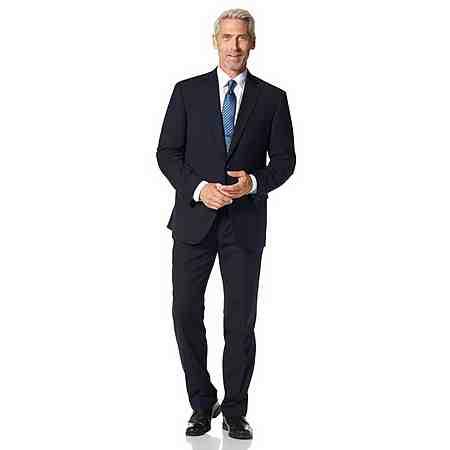 Chic im Büro: Anzüge für Herren in großen Größen. Immer gut gekleidet!
