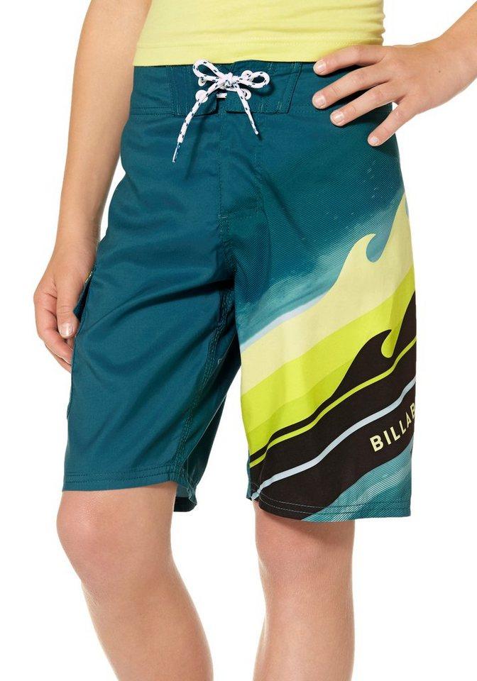 Billabong Shorts in grün-gelb
