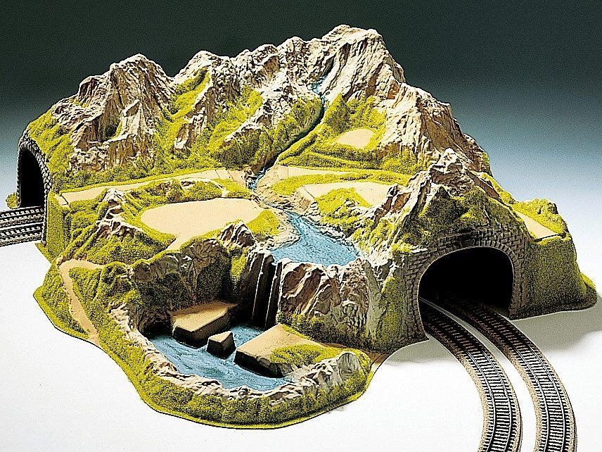 NOCH Modelleisenbahn Zubehör, Spur H0, »Eckberg, 2-gleisig, gebogen«