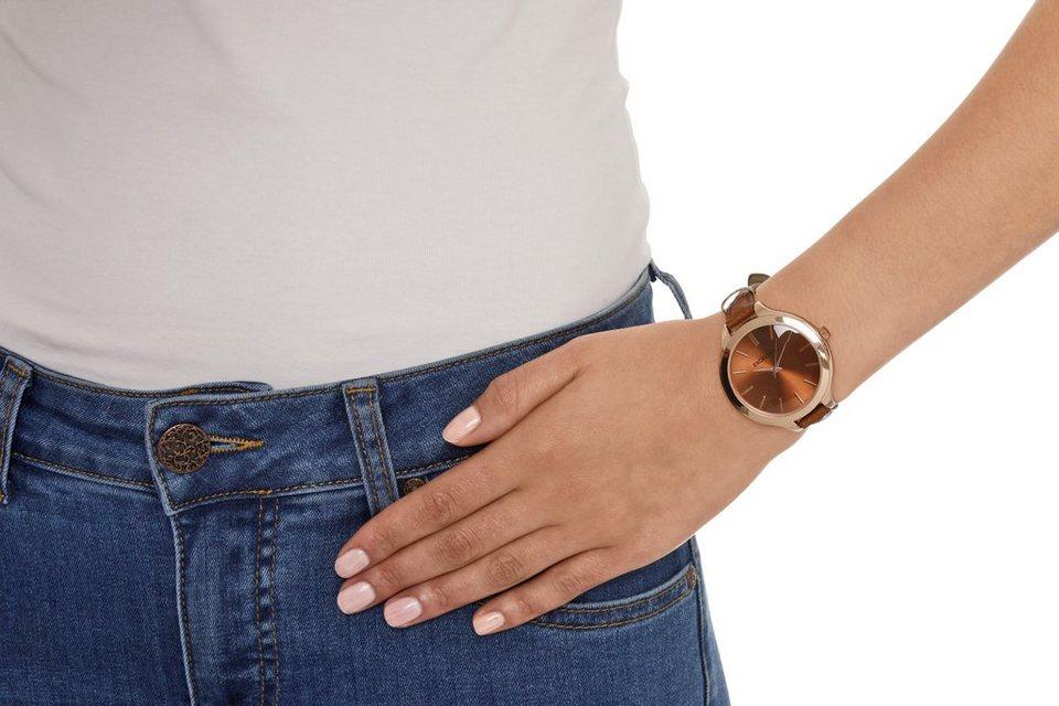 Armbanduhr in cognac