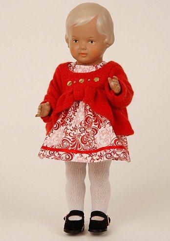 Schildkröt-Puppen Sammlerpuppe, rot, »Klassik-Puppe Christel 34 blond/braun« in rot