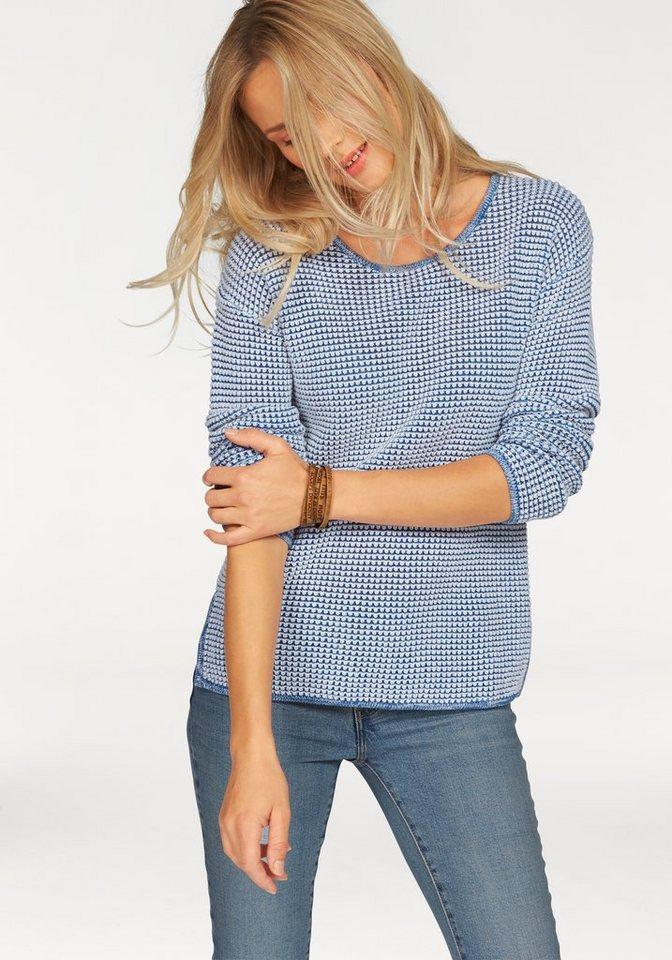 Levi's® Rundhalspullover aus hochwertigem Strukturstrick in hellblau-weiß