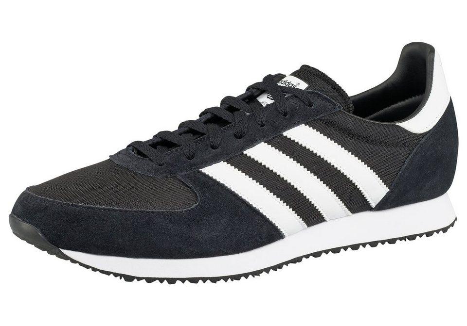 adidas Originals ZX Racer Sneaker in Schwarz-Weiß