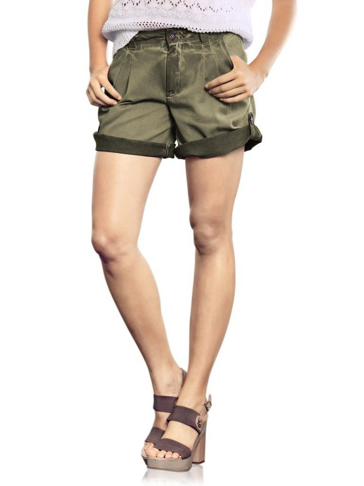 Shorts in oliv
