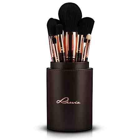 Finden Sie hier Schminkutensilien wie Pinsel, Anspitzer oder Pinzetten für Ihre perfektes Make Up.