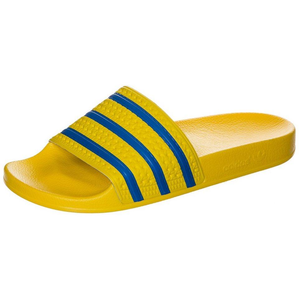 adidas Originals Adilette Badesandale in gelb / blau