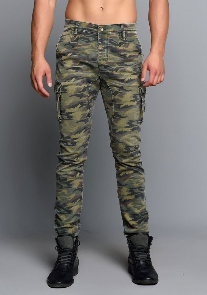 Cipo & Baxx Stylische Jeans in Camouflage Khaki