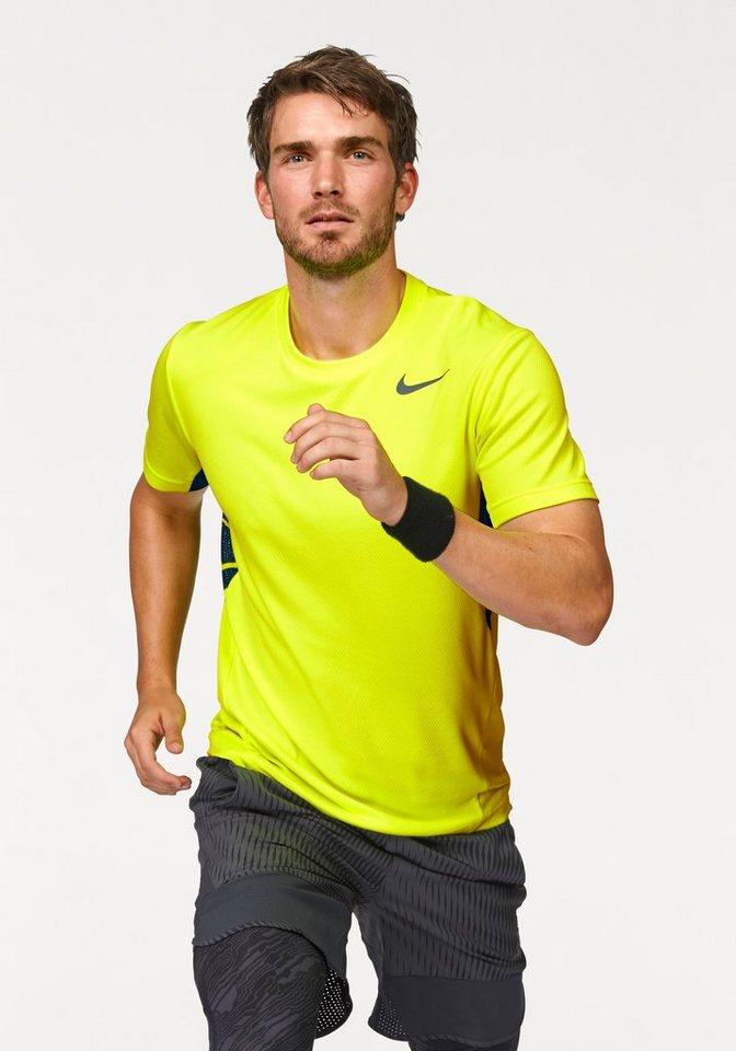 Nike T-Shirt in Gelb