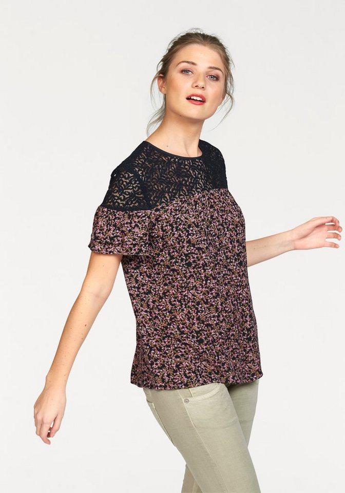 Vero Moda Blusenshirt mit zarter Spitzenpasse in marine-bedruckt