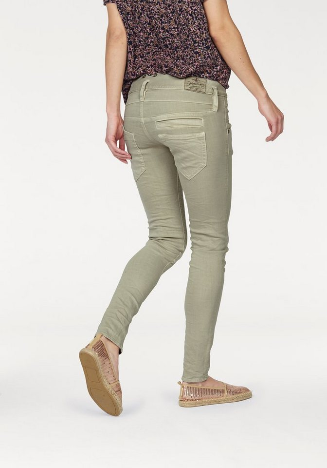 Herrlicher Slim-fit-Jeans »Pitch« in Trendfarbe hellkhaki in hellkhaki