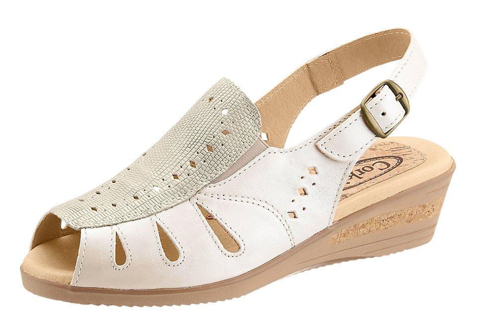 Sandalette mit seitlichen Gummizug in beige