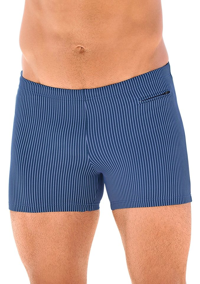 Badehose in blau-gestreift