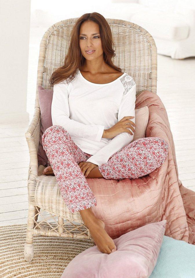 s.Oliver RED LABEL Bodywear Pyjama edel gemustert mit Spitzeneinsatz in ecru/gemustert