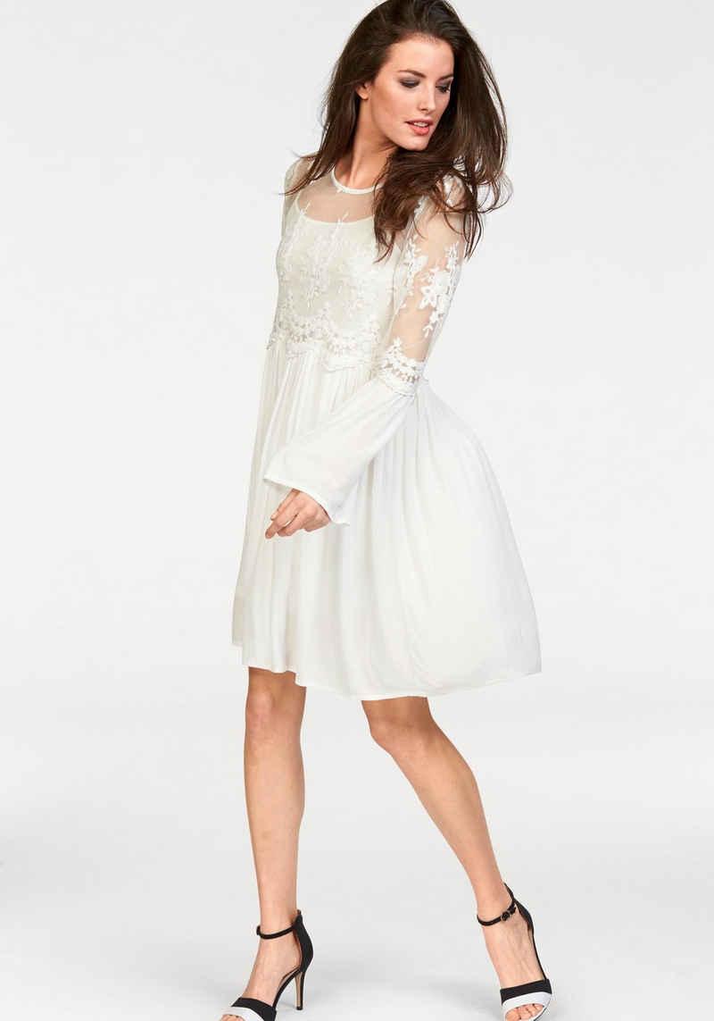 Aniston CASUAL Spitzenkleid (Set, 2-tlg) im Romantik-Look