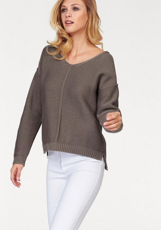 Corley V-Ausschnitt-Pullover in trendigem Strick in taupe