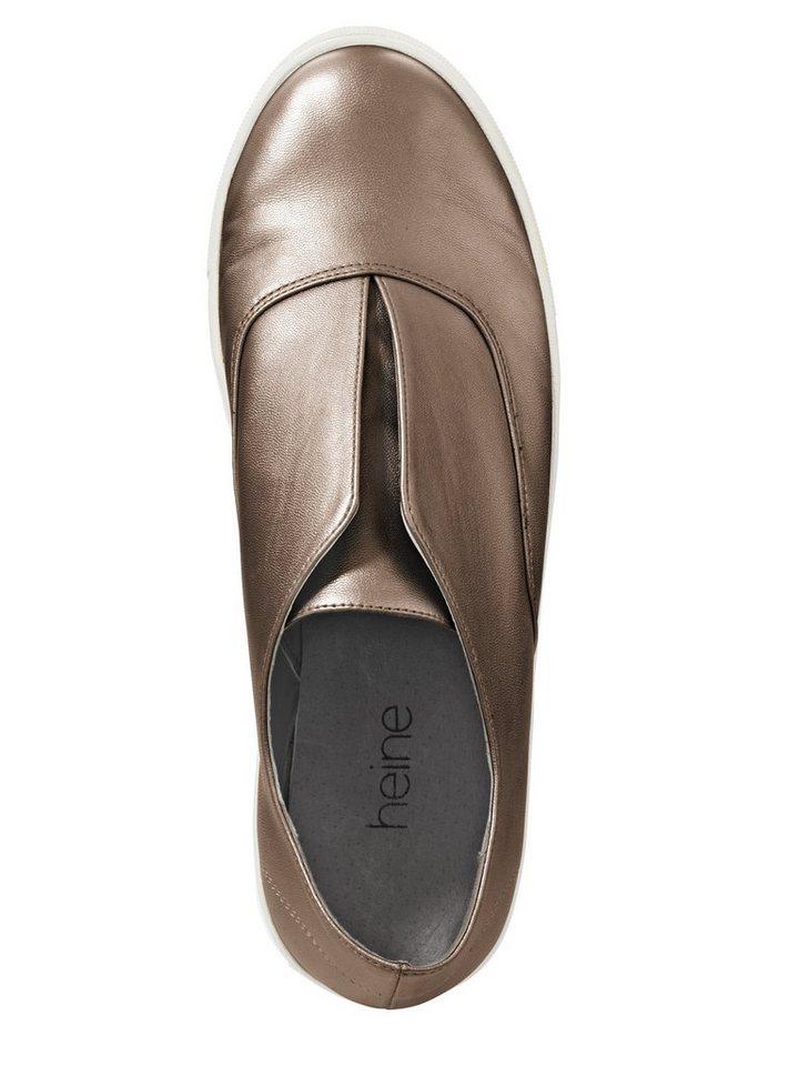 Slipper in bronzefarben