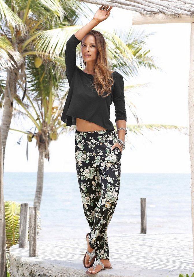 s.Oliver RED LABEL Beachwear Strandhose mit floralem Druck in schwarz-grün geblümt