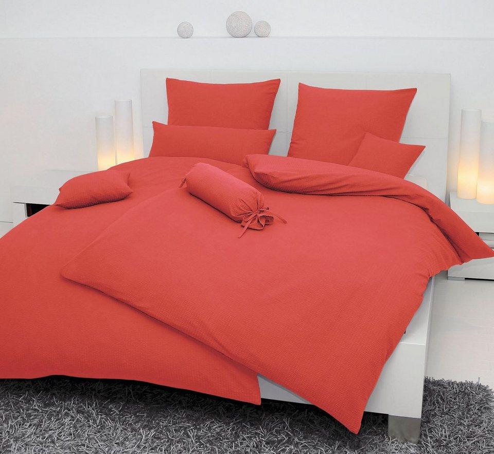 warum werden bettdecken gelblich schlafzimmer komplett. Black Bedroom Furniture Sets. Home Design Ideas