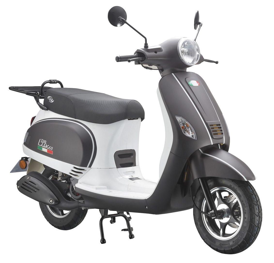 Motorroller, 50 ccm, 3 PS, 45 km/h, für 2 Personen, mattschwarz-weiss, »LUX«, IVA