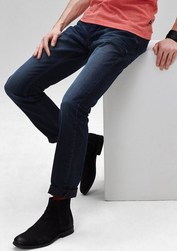 s.Oliver Denim Pete Straight: Dunkelblaue Jeans in dark blue denim