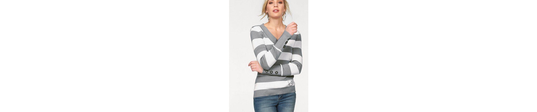 Arizona V-Ausschnitt-Pullover, mit Nietenbesatz