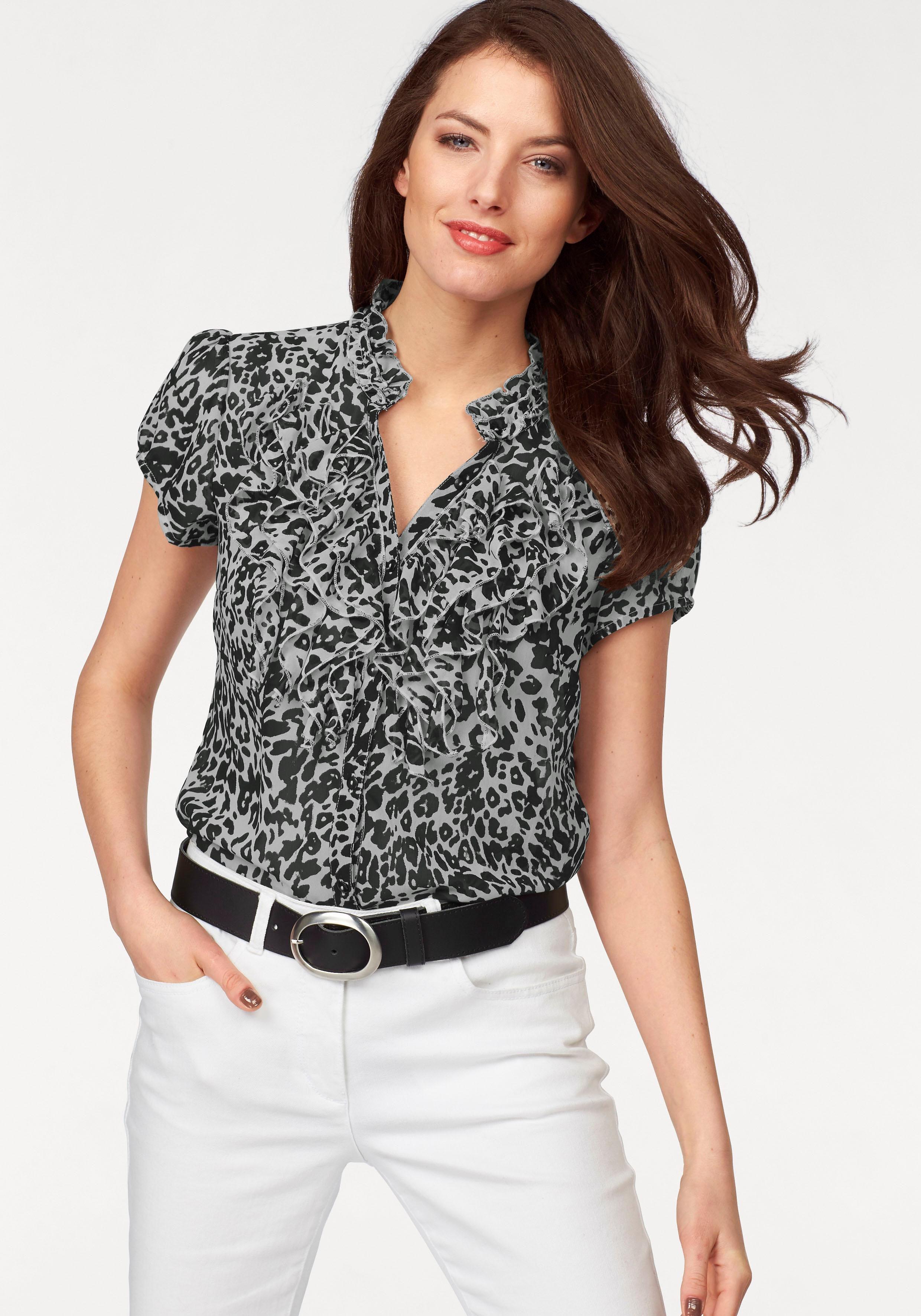 Женские блузы с рюшами