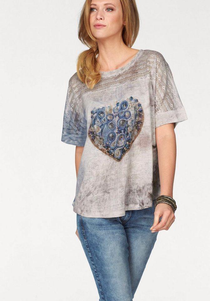 Tamaris T-Shirt mit Lochstickerei in wollweiß-blau-rosé