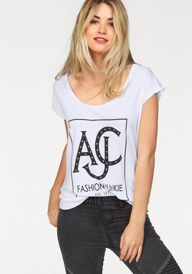 AJC T-Shirt in verschiedenen Drucken und Applikationen in weiß