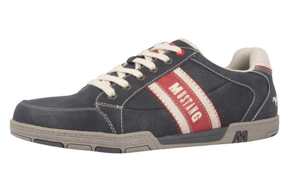 Mustang Sneaker in Schwarz