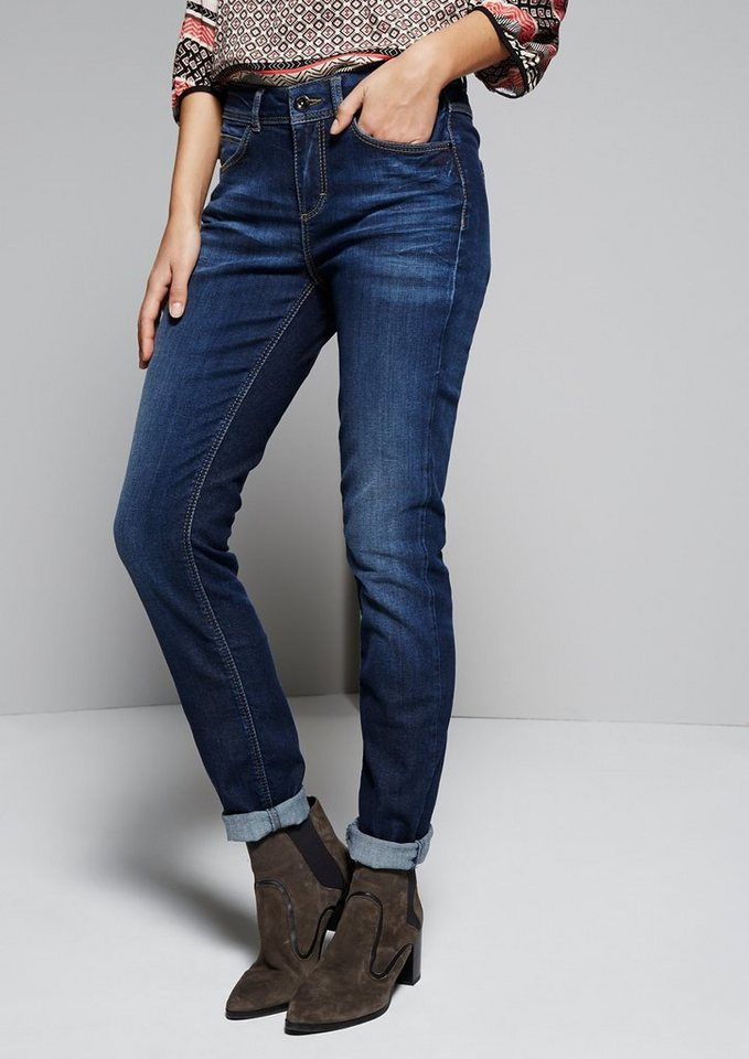 COMMA Lässige Boyfriend-Jeans im Used-Look in blue denim stretch