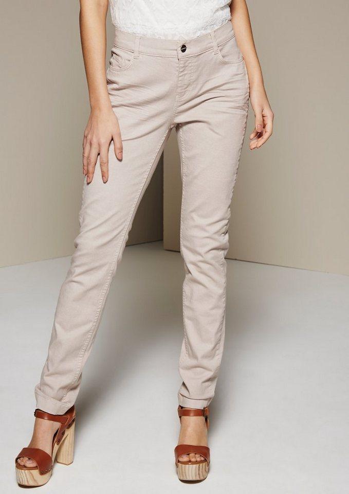 COMMA Klassische Jeans in dezentem Used-Look in sand