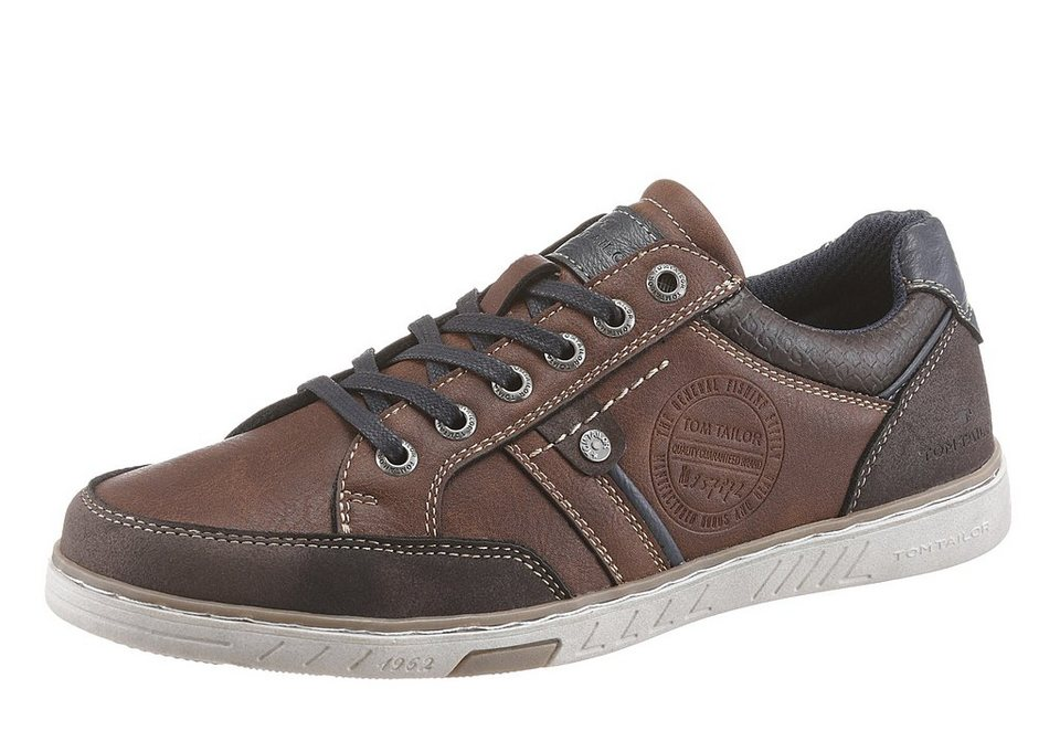 Tom Tailor Sneaker im Material Mix in braun-used