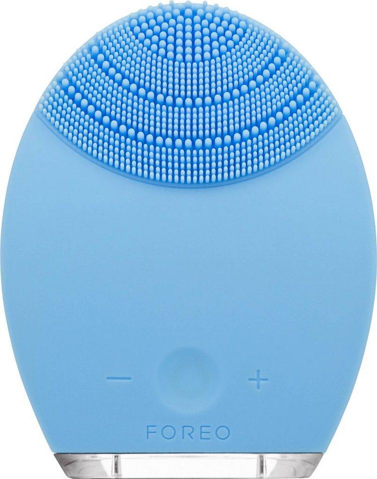 Foreo Gesichtsreinigungsbürste & Anti-Aging-Gerät LUNA™, für Mischhaut in blau
