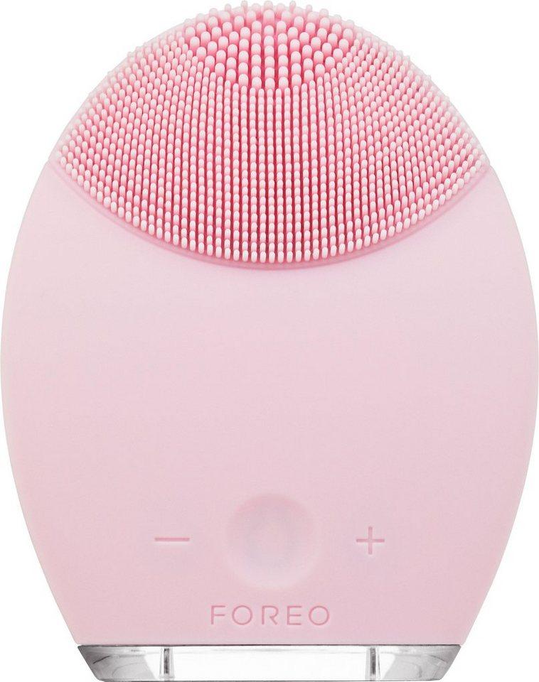 Foreo Gesichtsreinigungsbürste & Anti-Aging-Gerät LUNA™ , für sensitive/normale Haut in rosa