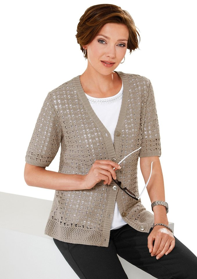 Classic Basics Strickjacke mit V-Ausschitt in stein