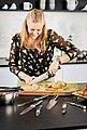 RÖSLE Kochmesser »Tradition«, scharfes Küchenmesser zum Schneiden von Fleisch, Fisch, Geflügel und Gemüse, Klingenspezialstahl, ergonomischer Griff, Bild 4